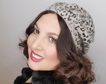 266823306f3eb LEOPARD Grey Vintage Style Grey Leopard Print Beret Retro Style 50s 60s Hat  Winter Fall
