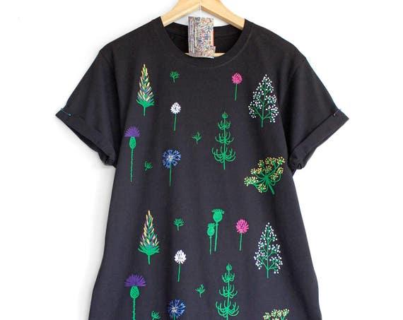 2XL  SUMMER SOLSTICE t shirt. 100% organic cotton t shirt. Hand painted.  Black floral t-shirt