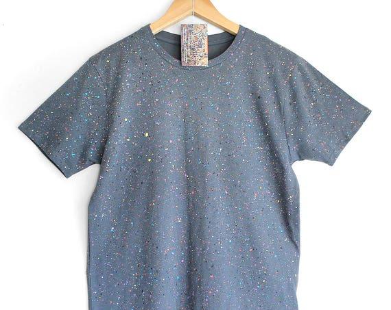 GREY SPECKLE TEE. 100% Organic Cotton. Hand dyed tee. Unique t shirts. Mens Unisex t shirt. Colour splash on grey.