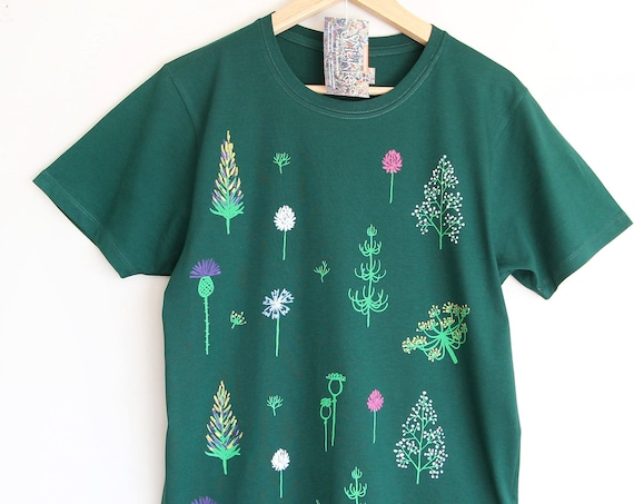 GO GREEN t shirt. 100% organic cotton t-shirt. Hand printed. Emerald green. Green t-shirt. T-shirt with flowers.
