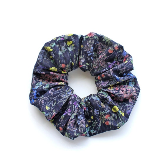 WILD FLOWERS blue.  Large Scrunchy with vintage style floral pattern on blue. Hair Accessories. Retro hair decor.