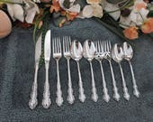 Oneida SHELLEY USA 18 10 Heirloom Cube Mark Stainless 10pcs 2 Place Settings Excellent Lk Unused