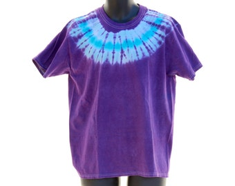 Tie Dye T-Shirt, Trippy Mens Clothes, Womens Hippie Shirt, Psychedelic Tee