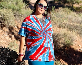Tie Dye T-Shirt, Trippy Patriotic Top, America Plus Size Hippie Fashion USA