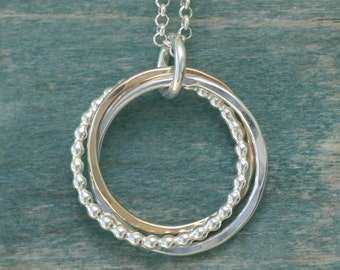 3 year anniversary gift, 3 linked circles necklace, 3 sister jewelry, 3 bridesmaid necklace, russian rings jewelry - Lilia