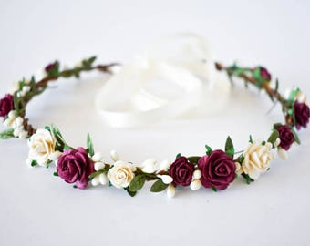 Burgundy flower crown.  Burgundy and Ivory flower crown. Ivory flower crown. Rustic summer floral crown in Burgundy and Ivory. Boho halo
