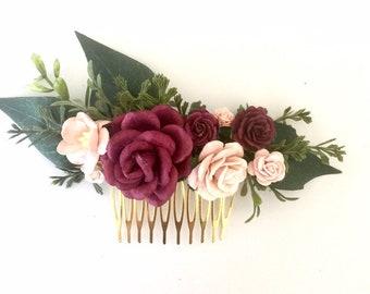 Burgundy and blush flower comb. Burgundy wedding headpiece. Blush wedding hair comb. Burgundy and blush bridal hair comb. Wedding hairpin.