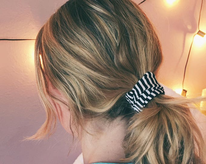 Featured listing image: Black and White Stripe Ponytail Twist