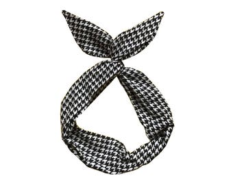 Black and White Houndstooth Wire Headband