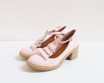 Baby Pink Mary Jane   vintage   patent leather t-strap heels   uk5