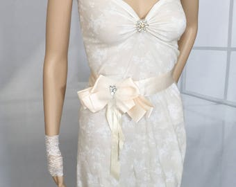 Bridal sash belt, wedding dress belt, bow sash belt, ribbon sash, cream sash belt,
