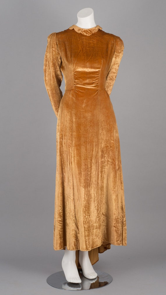 Sublime 1930s Gold Velvet Maxi Dress with Puff Sl… - image 2