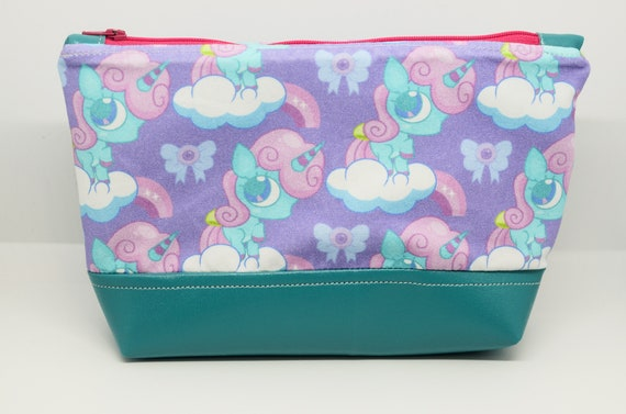 Deadly but cute Large Essential Pouch