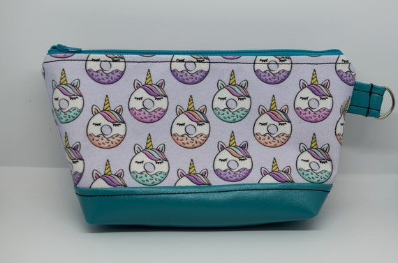 Donut unicorn Large Essential Pouch