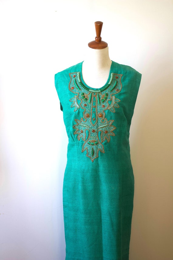 Vintage 1960s 1970s Green Embroidered Kaftan Dress