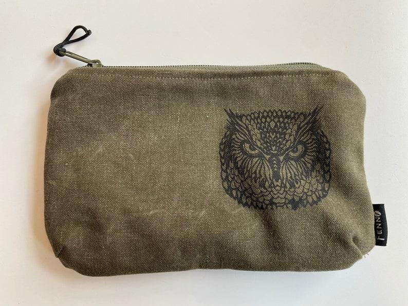 Bag made of duffel bag owl image 0