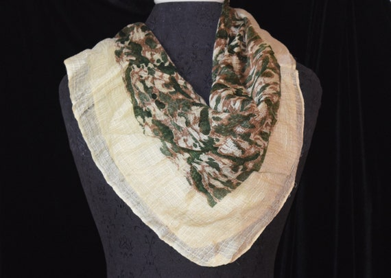 Bonwit Teller raw silk scarf made in England 1940s