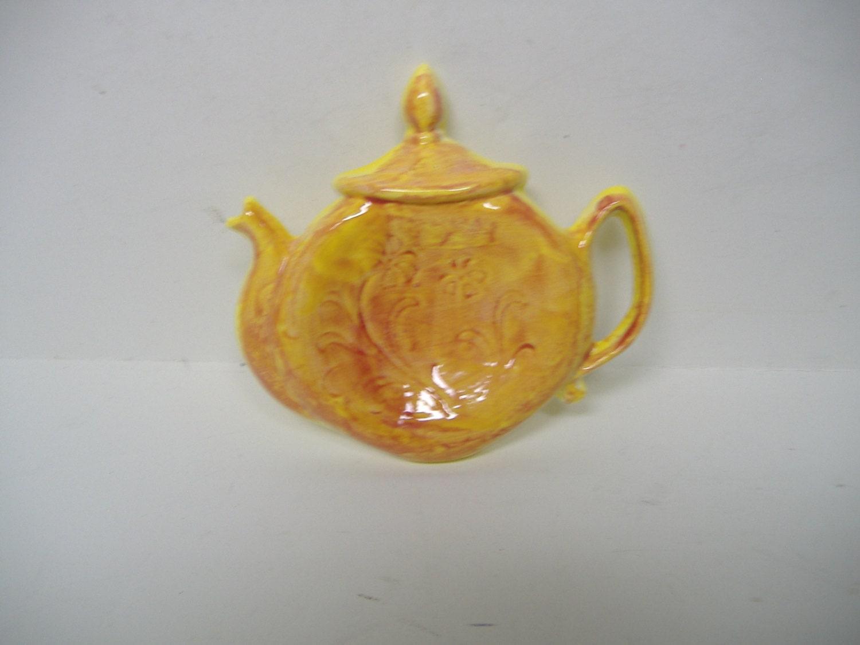 Geschenke für ihre Teekanne Löffel rest gelb mit Hahn roten | Etsy