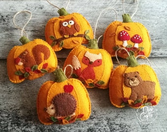 Set of 6 Woodland Pumpkin ornaments with Fox, Hedgehog and Mushrooms, Fall decorations, Autumn decor / MADE TO ORDER