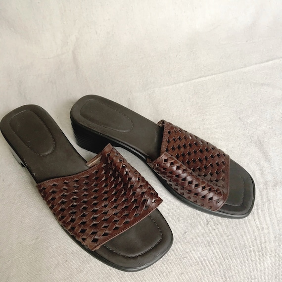 Brown leather slides with kitten heel
