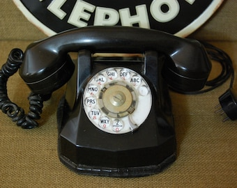 Vintage Bakelite Telephone, Vintage Automatic Electric Monophone, rotary dial monophone, very good original condition, original phone cord