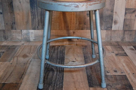 Phenomenal Vintage Industrial Metal Stool Shop Stool Drafting Stool Art Studio Stool Crafting Stool Machost Co Dining Chair Design Ideas Machostcouk