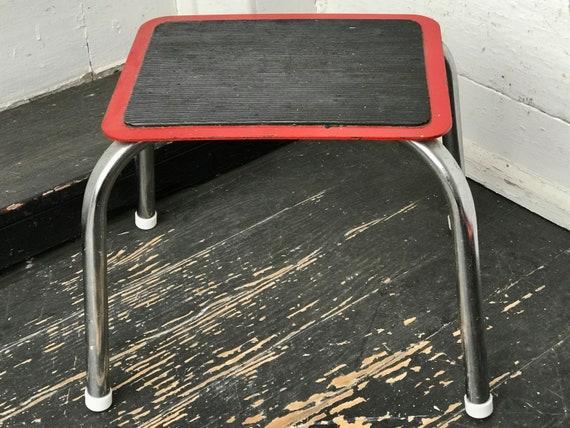 Surprising Step Stool Red Black Chrome Stool Metal Stepstool Red Step Stool Vintage Chrome Stepstool Utility Stool Mid Century Farmhouse Uwap Interior Chair Design Uwaporg