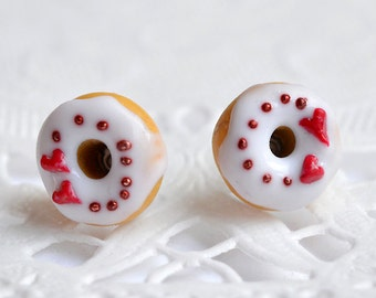 Chips donuts, donuts, gourmet gem, jewel sweet dowels donuts, little donuts with vanilla and miniature red heart earrings