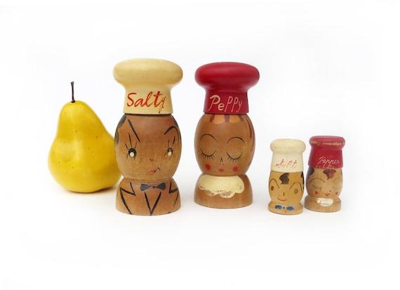 Vintage Wooden Peppy Pepper Shaker  Kitschy Kitchen Pepper Shaker Wood Pecker Wood Ware