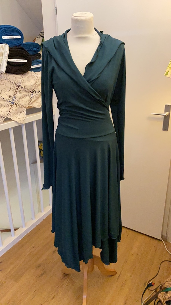 Beautiful wrap dress with hoodie, dark green.