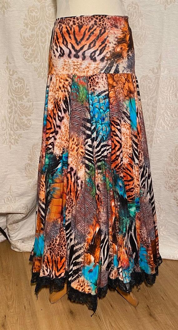 Skirt with fantasy animals print. Sale!