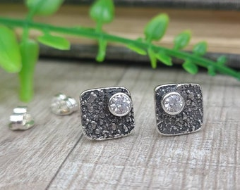 Sterling Silver Square Stud Earrings / Diamond