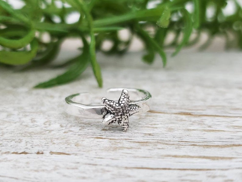 Sterling Silver Starfish Toe  Ring image 0