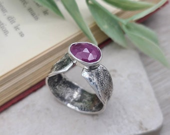 Sterling Silver & Pink Sapphire Ring / Luna Fire Ring / One of a Kind / SIZE 9