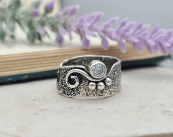 Sterling Silver & Swarovski Crystal Luna Fire Ring / One of a Kind / SIZE 6 1/2
