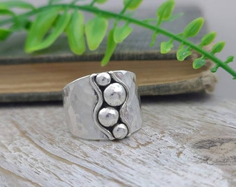 Sterling Silver Ornate Saddle Ring /Tapered Band