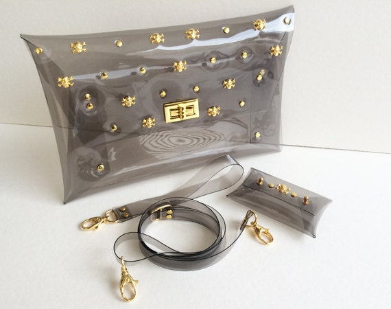 A Set of Gold Skull Clear Clutch with Strap Shoulder strap wrist 6191a80509ce1
