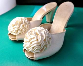 3d1d9470d Women's shoes BRIDAL SHOES Size 7 Vintage shoes Wedding shoes summer sandals  bride's sandals White satin fabric shoes sandals eveningshoes