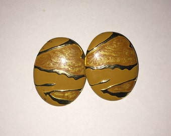 Vintage two tone gold melt earrings