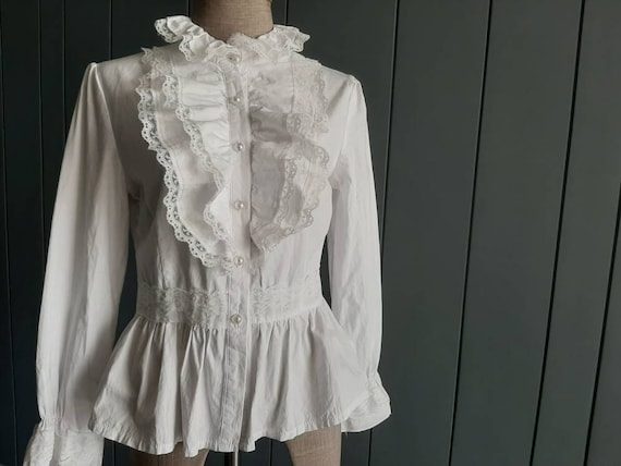 S - Vintage White Cotton Shirt - Ruffle Shirt - Wo