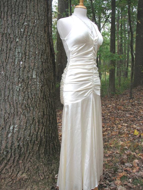 Vintage Ivory Bridal Gown/Dress