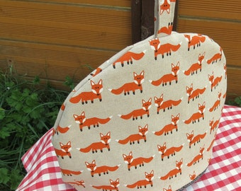 Foxes. A tea cosy, size large.  To fit a  4 - 5 cup teapot.  Fox Cosy.