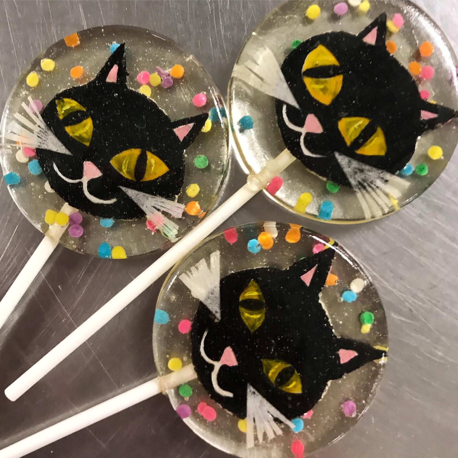 Halloween Cat Lollipops