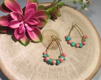 Mixed pink dyed quartzite and howlite dyed stone teardrop earring set.