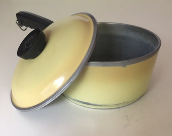 Vintage Club Aluminum Yellow Saucepan, Yellow 1 1/2 Quart Saucepan With Lid