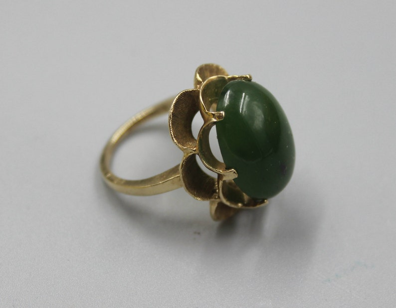 0ab5ba9c5e48e Solid Yellow Gold 10K Gold Green Stone Ring Estate Jewelry from  Charmhuntress X107