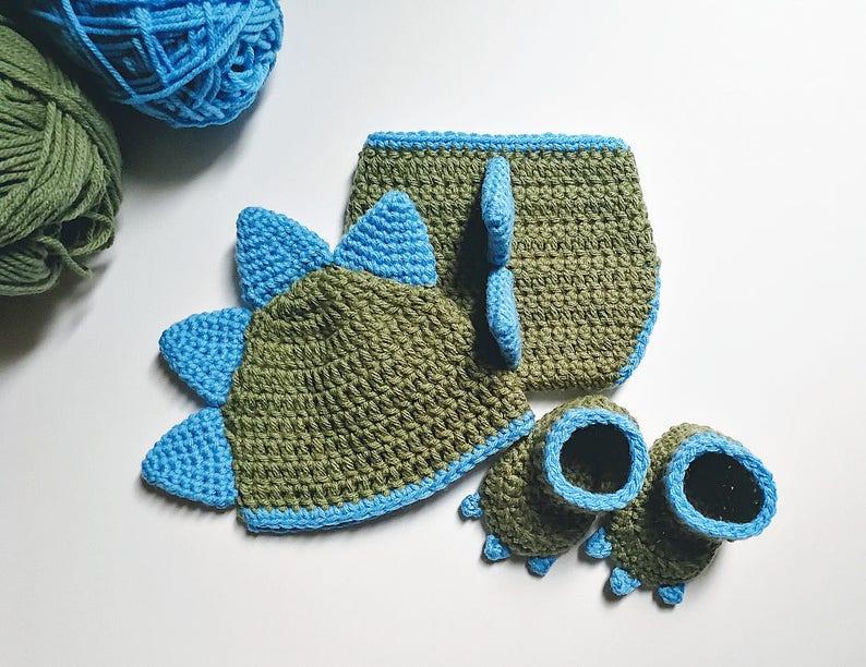 b64dff30e9f Crochet Dinosaur Hat Diaper Cover and Booties Pattern