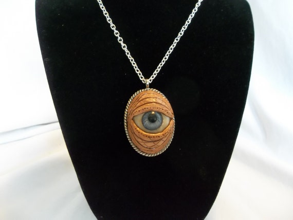 Creepy Doll Eye All-Seeing Eye Silver-Tone Metal Round Spiral Pendant with Doll Eye /& Czech Crystals ~ Friday the 13th Halloween Jewelry
