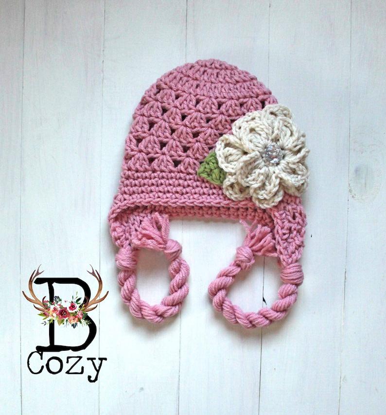 eaf4bc4a039 Crochet chapeau fille chapeau à fleurs Jilly Bonnet