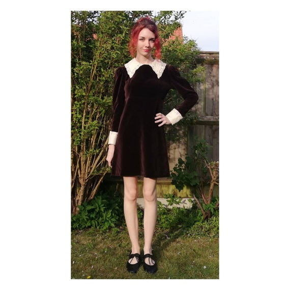 Vintage 60s Mini Dress // 70s Velvet Dress // Quad